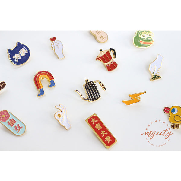 Sparkling [Cute Chick] Pin By MGCITY