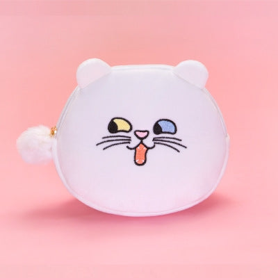 Squint Eyes White Cat Pouch By Bentoy