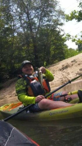 How to Pick the Right PFD for Kayak Fishing