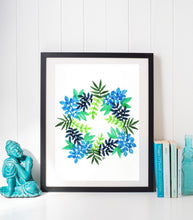 Load image into Gallery viewer, Leafy Wreath (small)