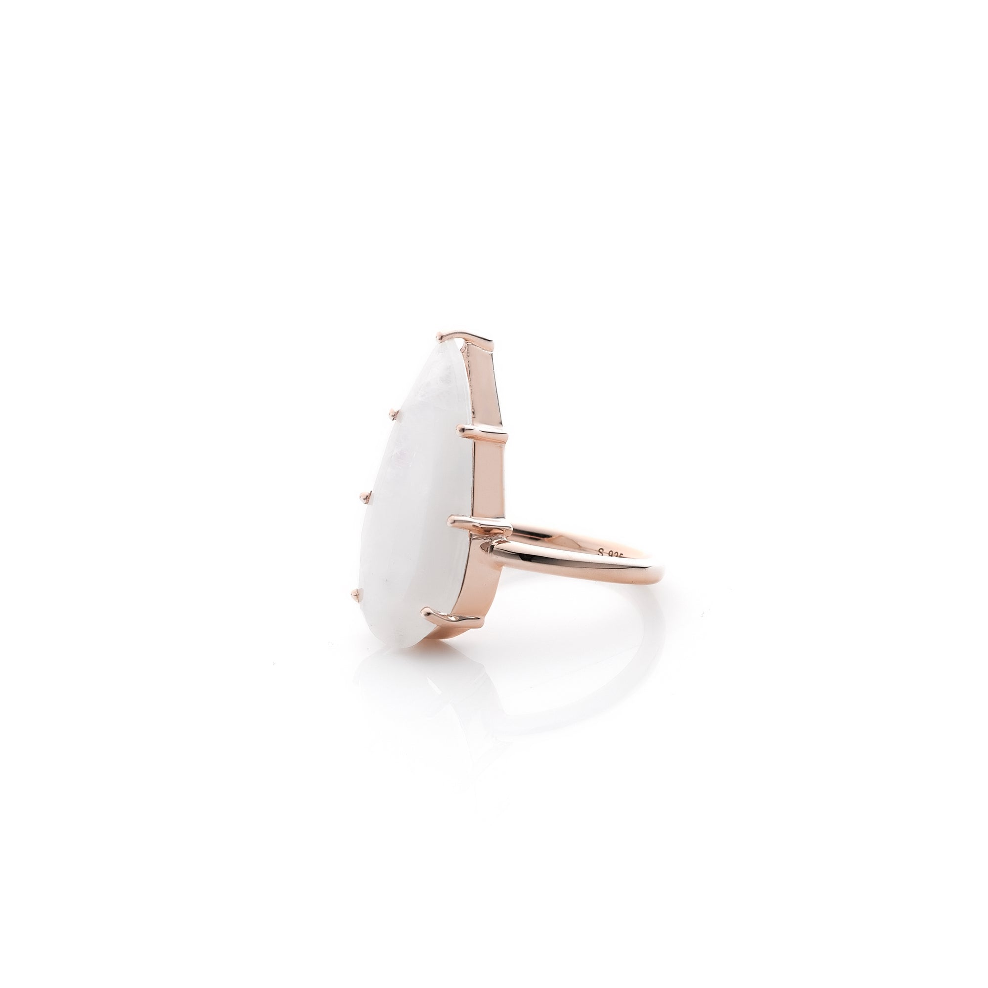 Silk&Steel Jewellery Moonstone and Rose Gold Diva Ring From Aria Collection