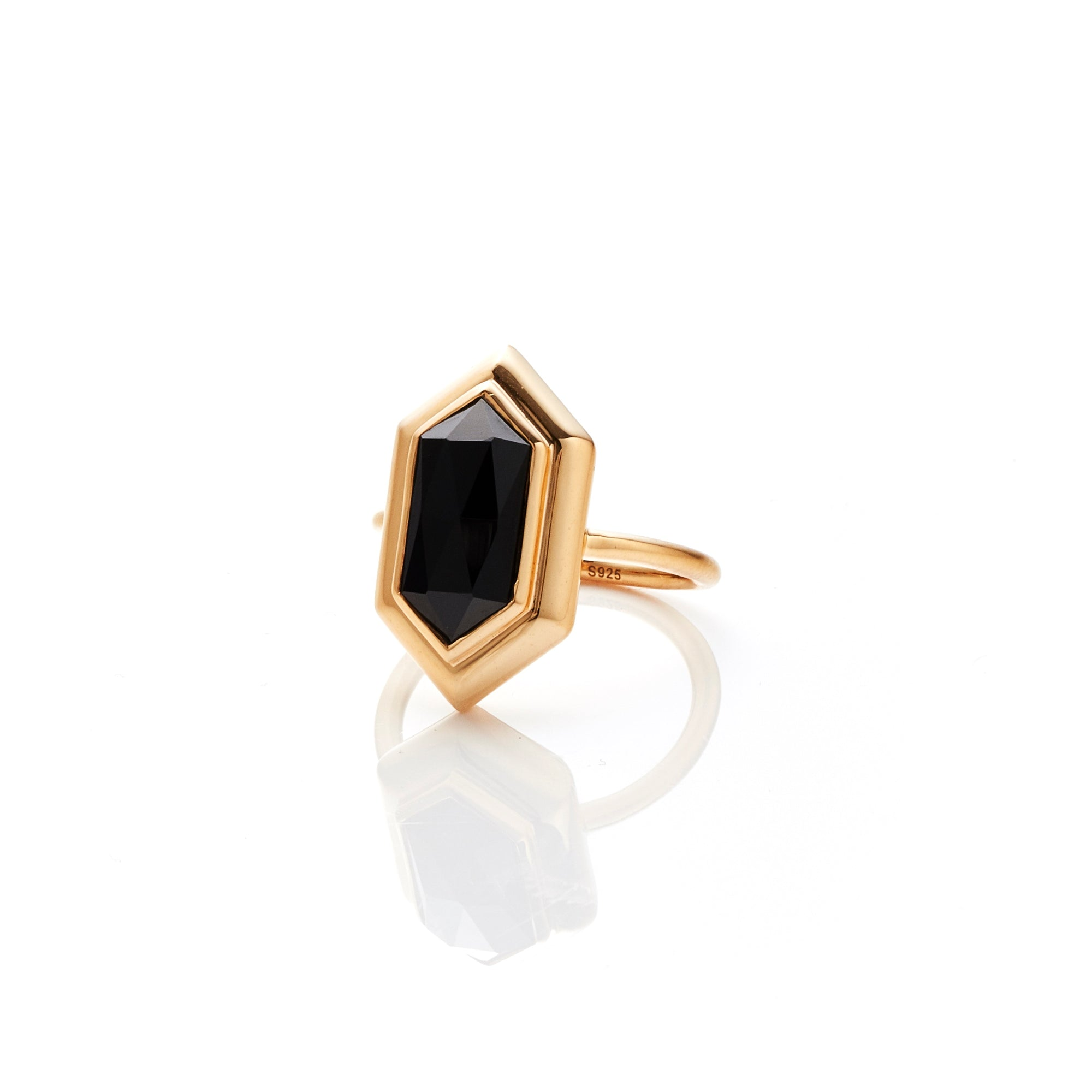 Silk&Steel Haveli Ring Black Spinel and Gold from Haveli Collection