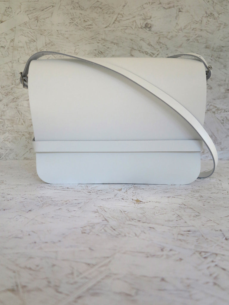 White leather iPad bag with sleeve. Handmade in England.
