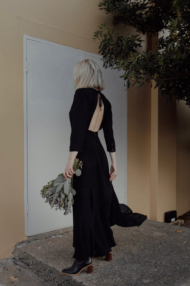 ARIA MAXI DRESS - BLACK