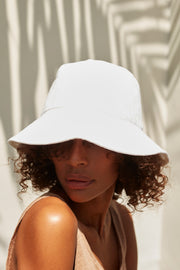 Small Bucket Hat - White