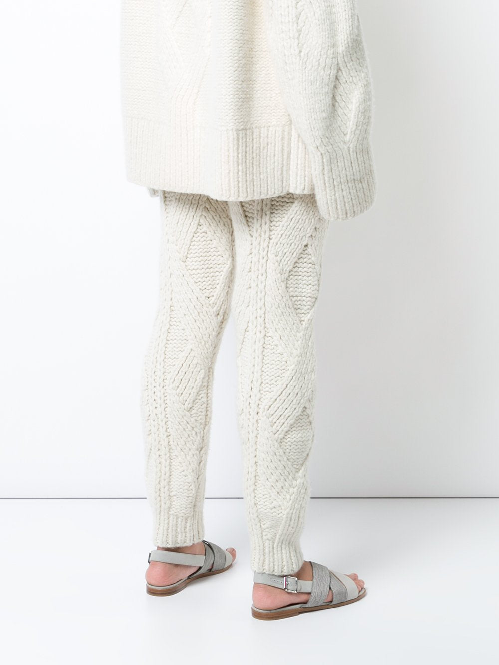 Hand knit Cashmere V-Neck Cable Knit Sweater - Pre-Order – Adam Lippes