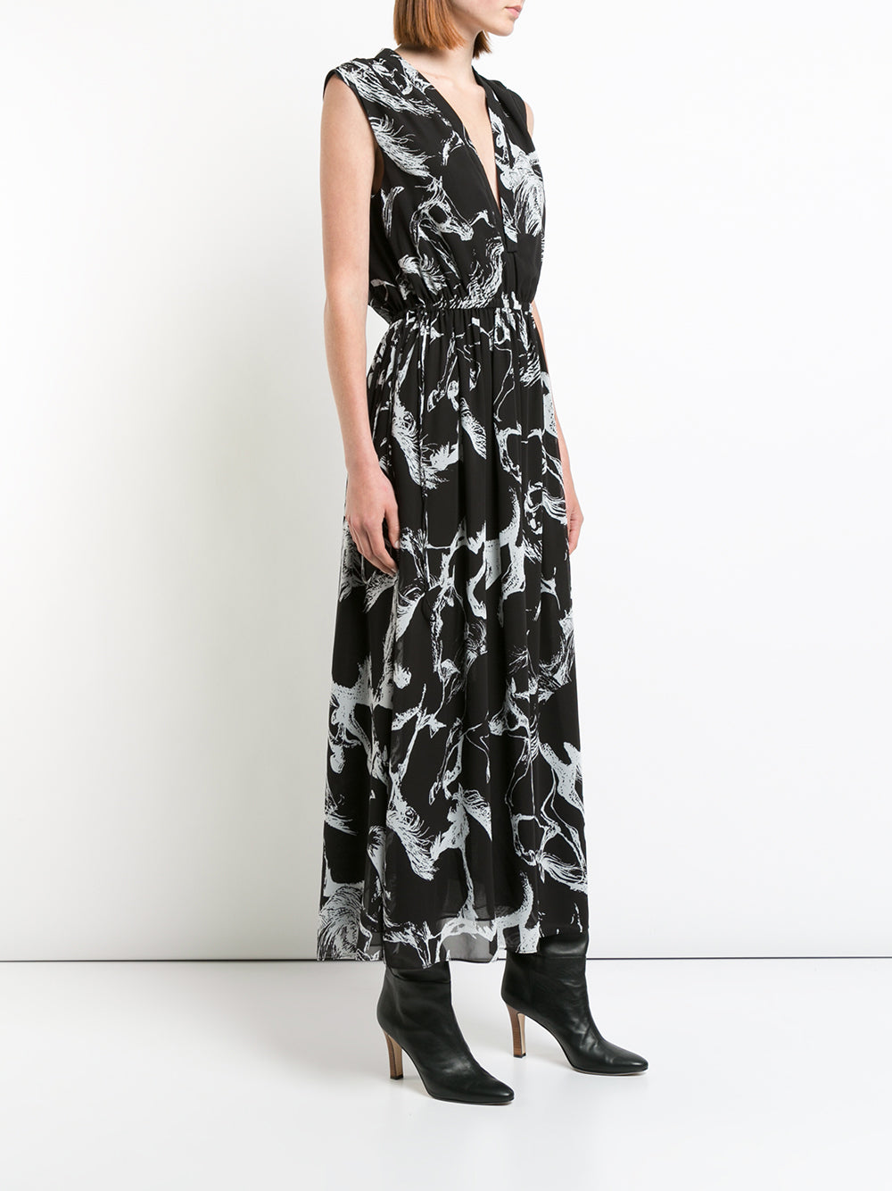 PRINTED PEBBLE CHIFFON SLEEVELESS V-NECK MIDI DRESS