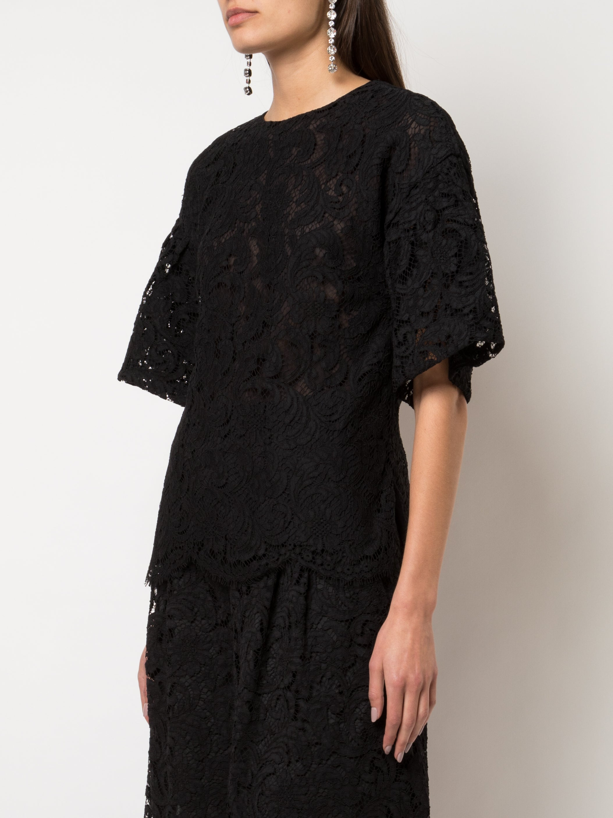 FLUTTER SLEEVE TOP IN CORDED LACE