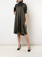 SHORT SLEEVE SMOCKED DRESS IN SILK CHARMEUSE