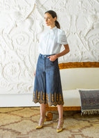 CULOTTE WITH PEARL BUTTON IN DENIM BRODERIE ANGLAISE