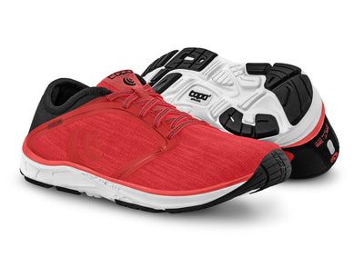 A pair of Topo ST-3 Women's Road Running Shoes in Pink/Black