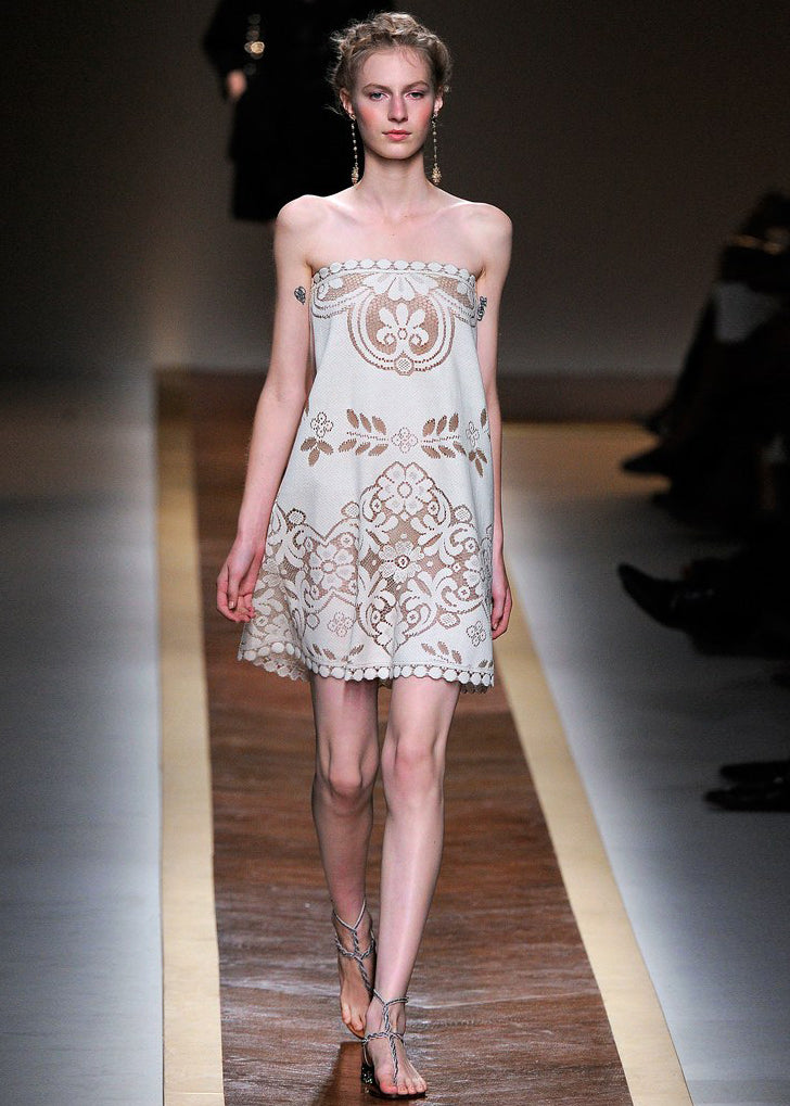Spring 2012 Valentino Prettiest Strapless Cotton Lace Dress
