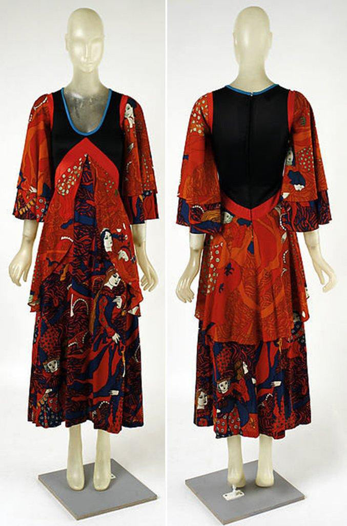 1971 Giorgio Sant' Angelo Medieval Collection Printed Jersey Dress