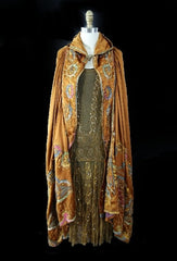 1920s Crewel & Bead Silk Cape