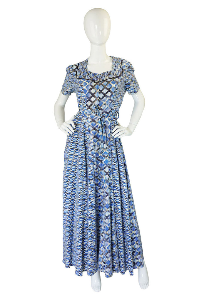 1940s Crisp Printed Cotton Hostess Gown