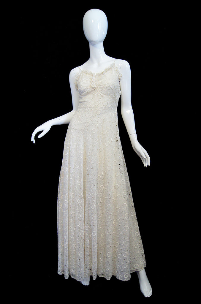 1930s Cut Work Flower Summer Gown
