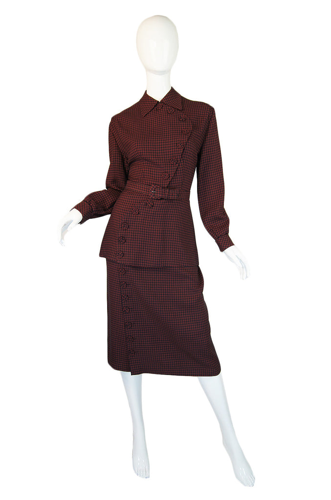 1940s Amazing Curved Button Check Suit