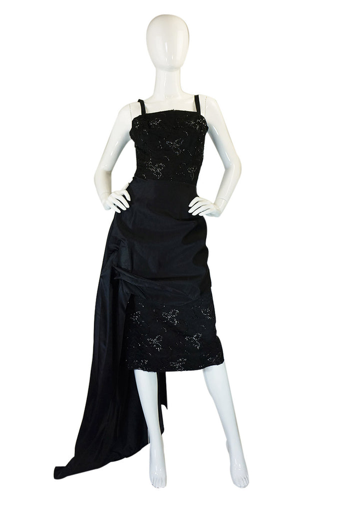 1950s Lace Wiggle Pin Up Dress w Train