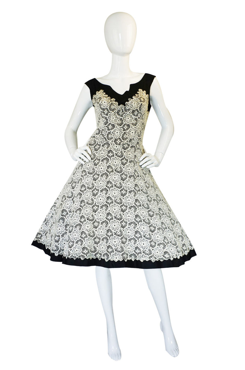 1950s Lace on Black Cocktail Party Dress