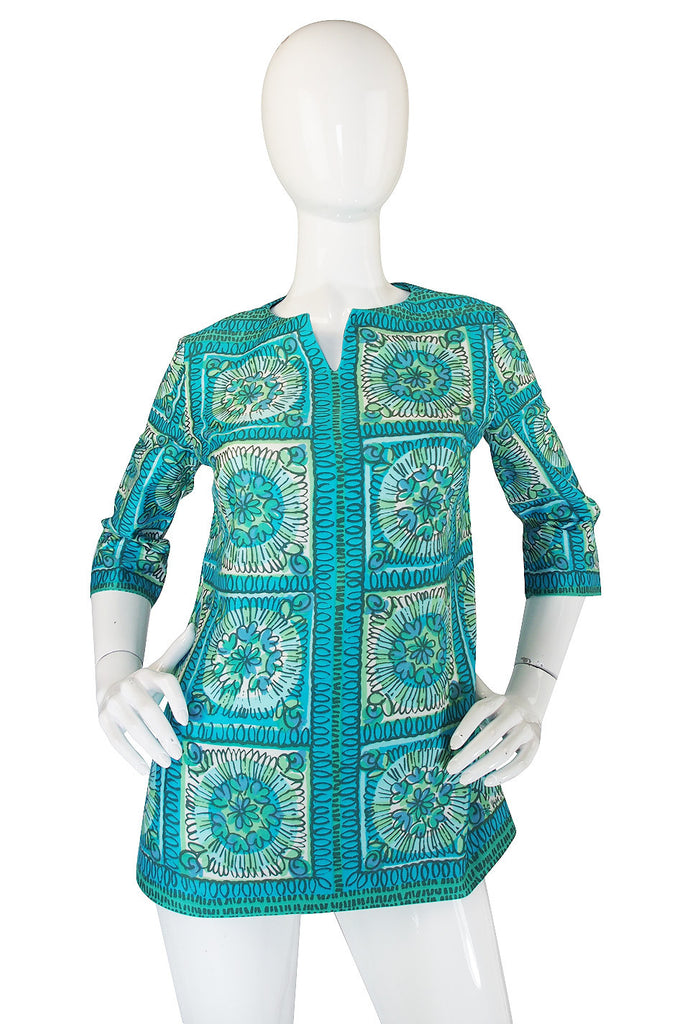 1960s Collectible Vera Cotton Print Tunic Top