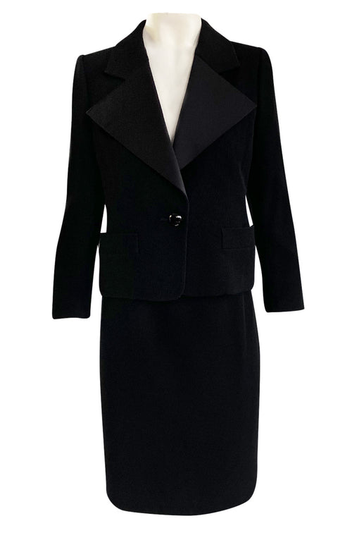 Important Fall 2001 Yves Saint Laurent Haute Couture 'Le Smoking' Wide Collar Tuxedo Suit