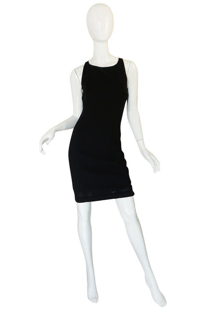 F/W 2006 Chanel Runway Little Black Fitted Stretch Dress