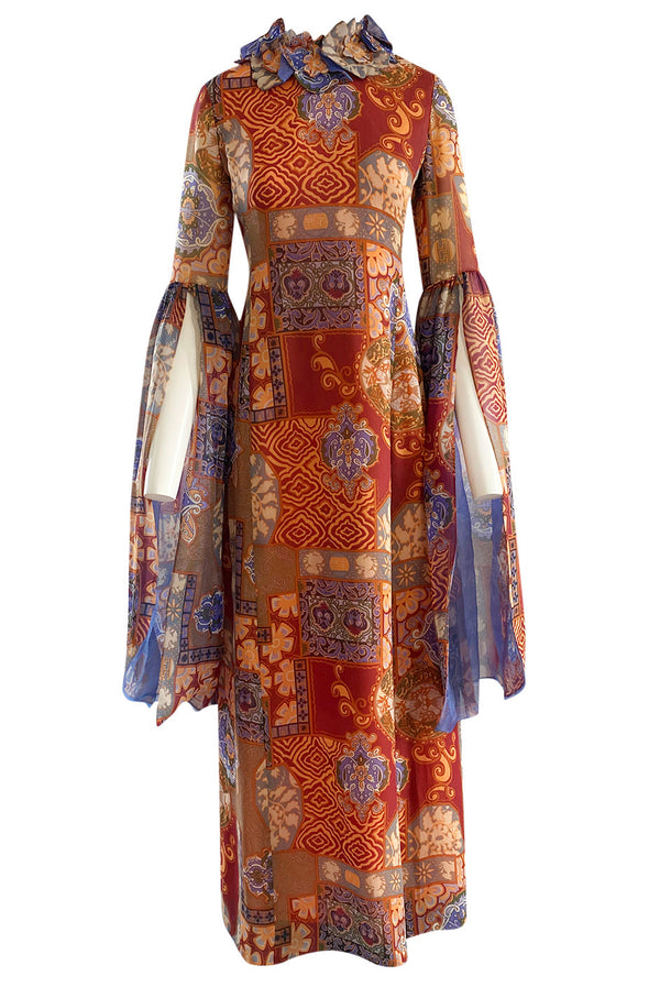 Spectacular 1960s Tina Leser Original  Printed Silk Voile Extra Long Angel Sleeve Dress