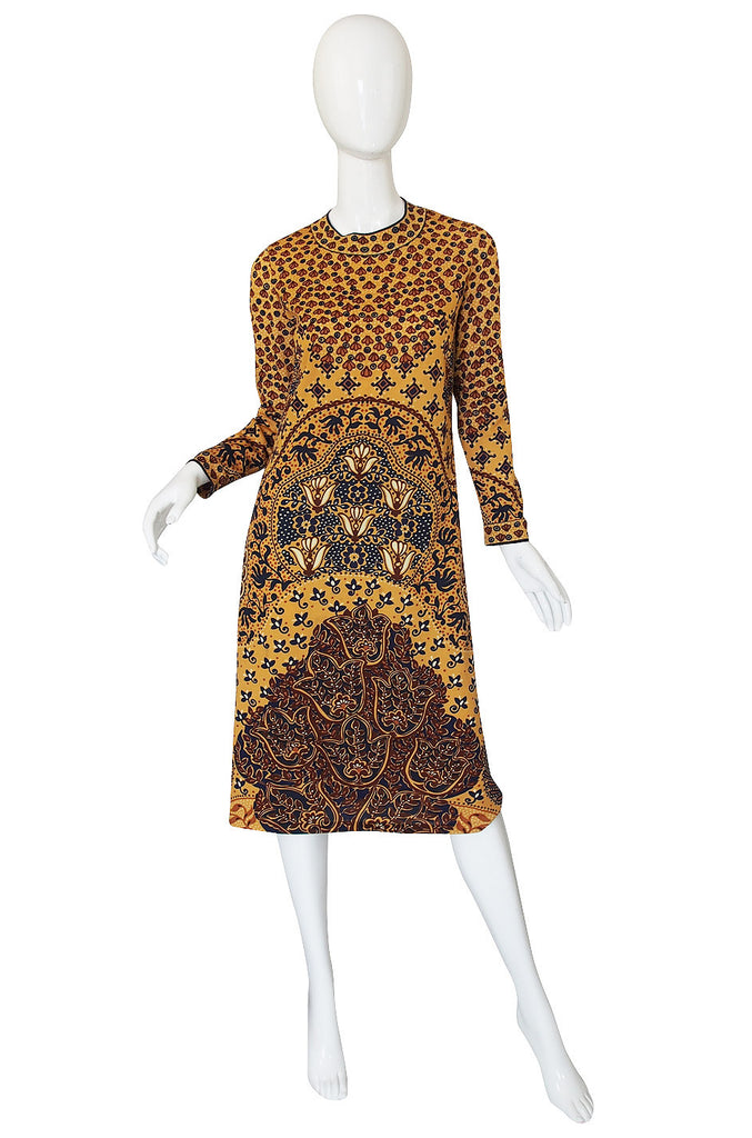 1960s Printed Jersey Goldworm Dress