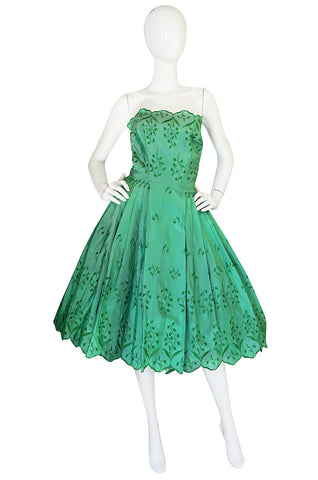 1950s Gorgeous Green Strapless Full Skirt Dress