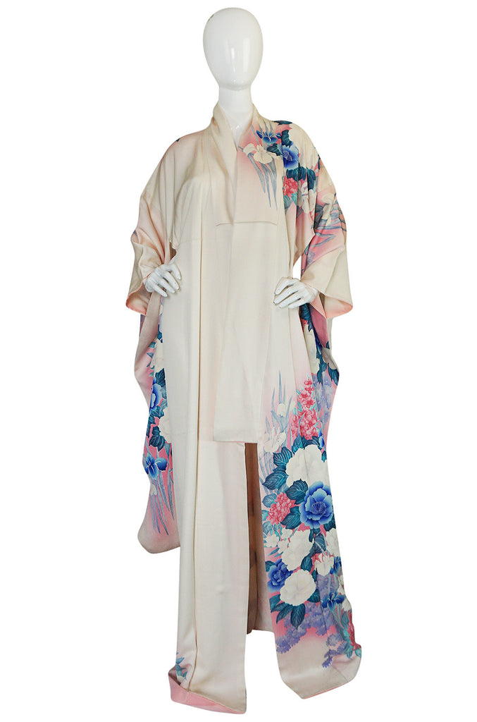 1940s Floral Pastel Hand Painted Pink & Blue Silk Kimono