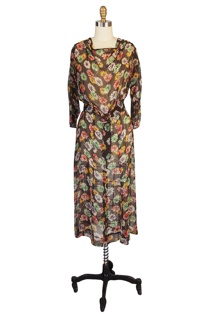 1920s Pretty Floral Silk Chiffon Dress with Belt