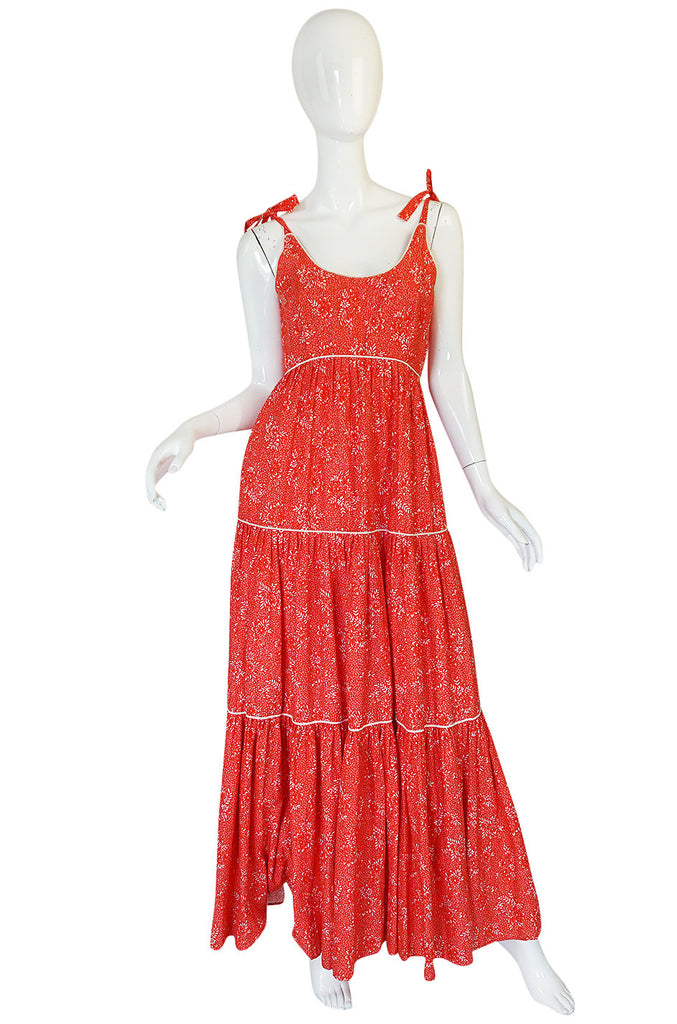 1970s Red Print & Tiered Victor Costa Cotton Dress