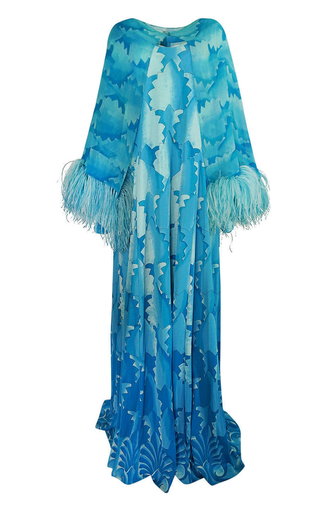 c.1972 La Mendola Blue Print Jersey Dress w Feather Trim Cape
