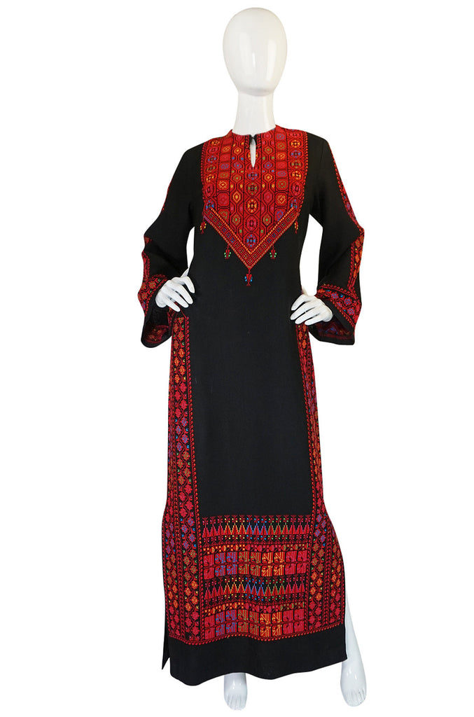 1960s Bright Rudy Thread Hand Embroidered Black Caftan