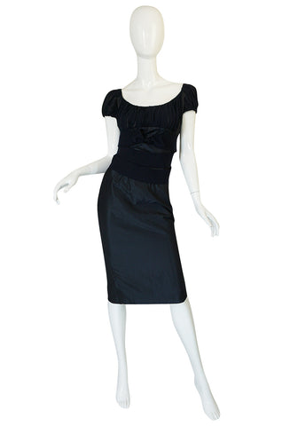 Recent Giambattista Valli Deep Blue Fitted Silk & Chiffon Dress