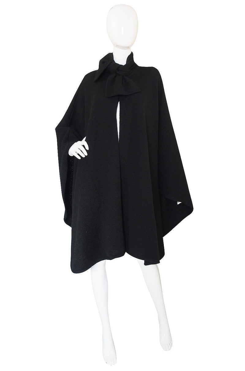 1970s Valentino Knit Cape withTie Neck