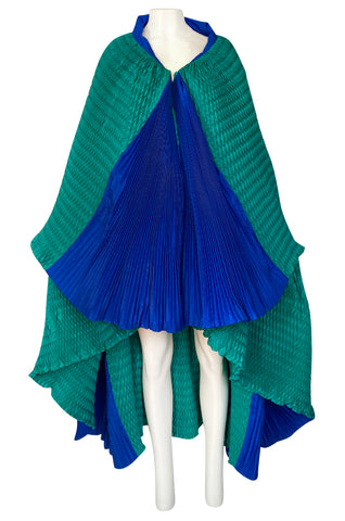 Rare 1980s Isabel Canovas Huge Pleated Green & Blue Silk Shawl Cape