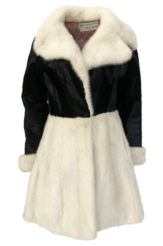 1960s Mod Black and Ivory Contrasting Graphic Fur Coat w Paisley Lining