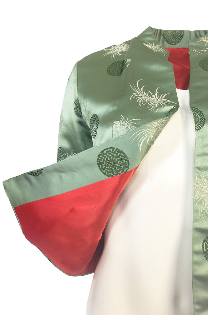Gorgeous 1930s Unlabeled Green Silk Asian Jacket w Red Silk Lining
