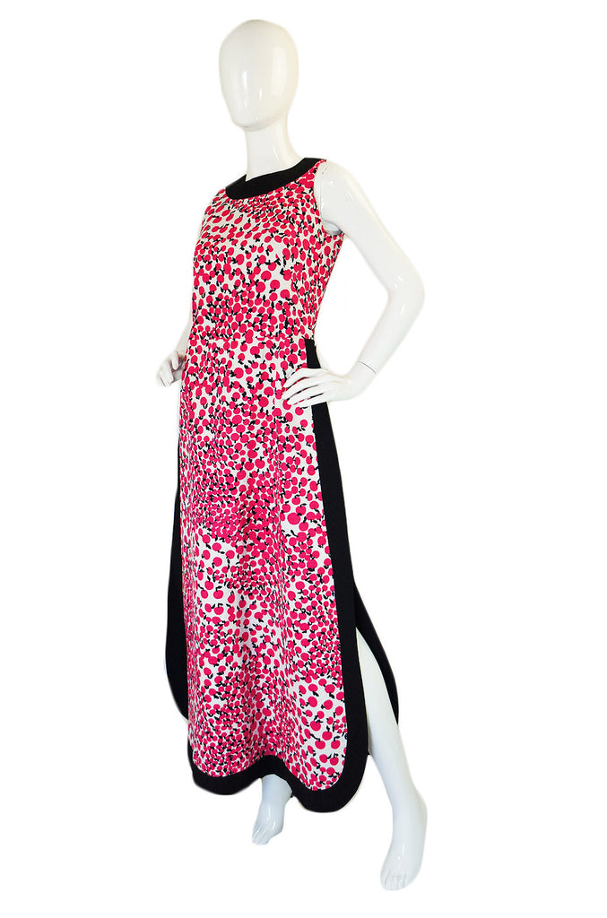 1960s Apple Printed Mod Maxi Dress