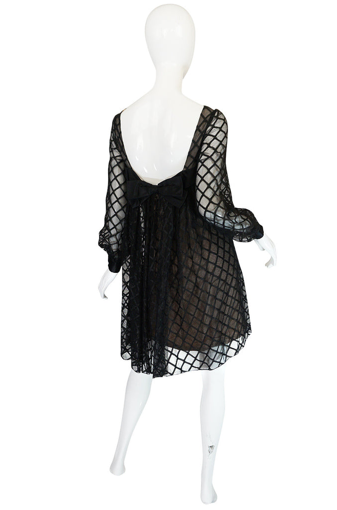 1960s Baby Doll Back Malcolm Starr Lace Dress