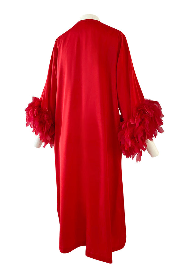 1960s Odette Barsa Loose & Easy Fitting Red Caftan w Wide Red Feather Cuffs