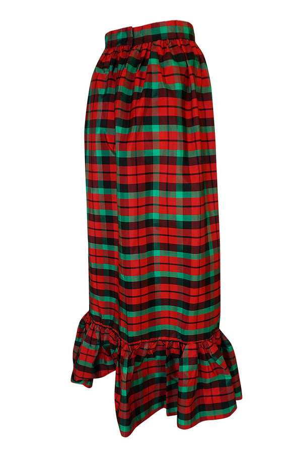 1960s Unlabelled Red & Green Plaid Silk Taffeta Ruffle Skirt