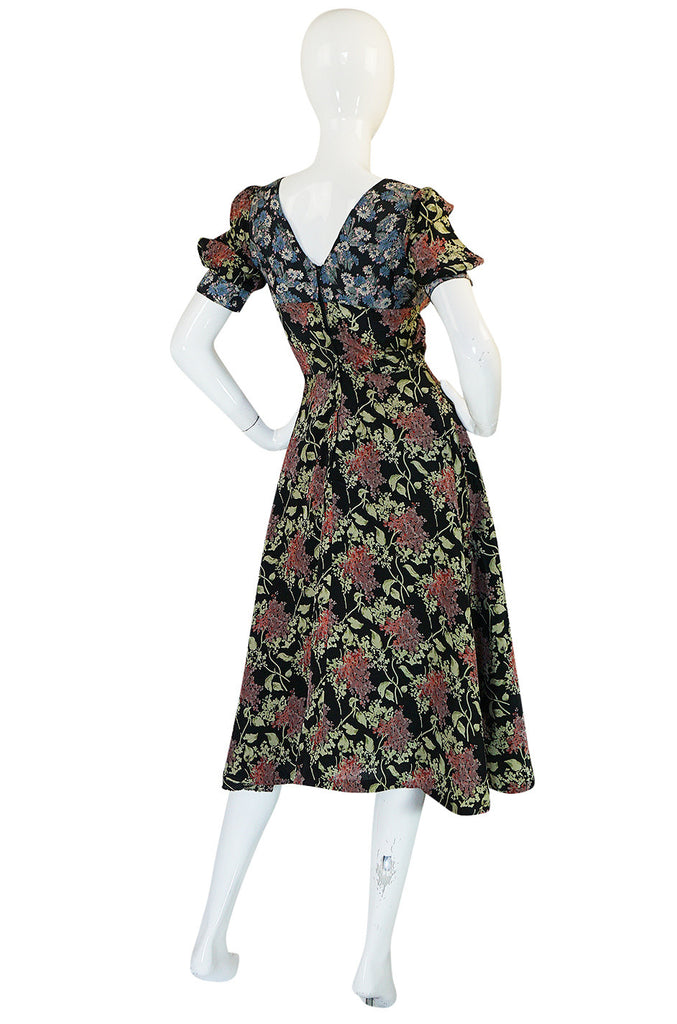 1970s Pretty Jeff Banks Printed Floral Swing Dress