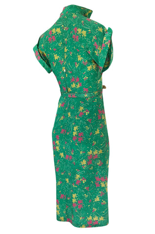 1940s Unlabeled Green Silk Horse & Knight Jousting Print Dress