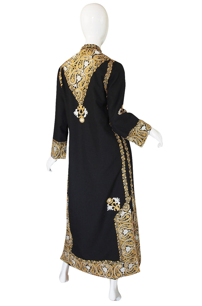1970s Embroidered Gold & Black Caftan