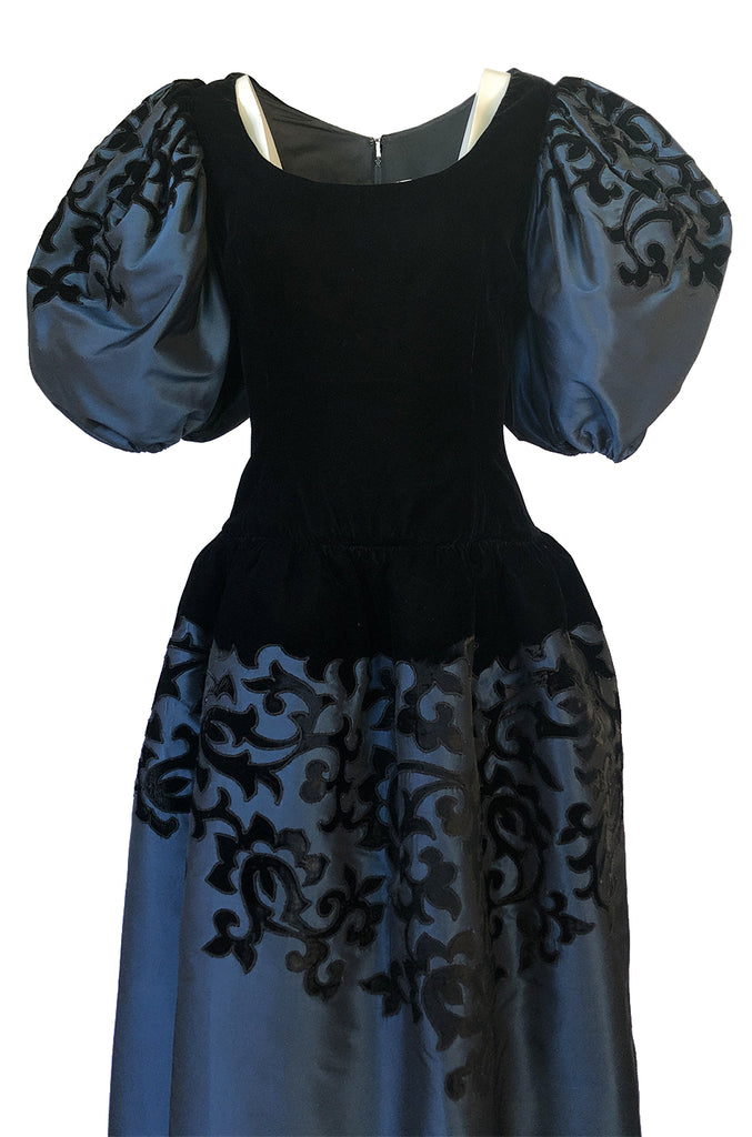 c.1988 Oscar de la Renta Blue Silk & Velvet Applique Dress w Pouf Sleeves