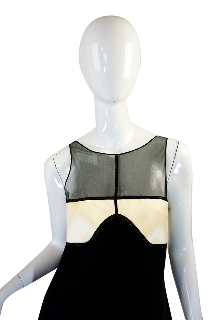 1990s Geoffrey Beene Graphic Shift Dress