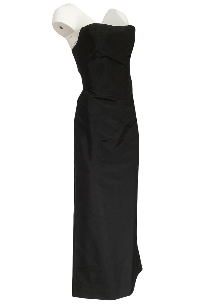 Minimalist 1990s Richard Tyler Couture Strapless Black Silk Dress