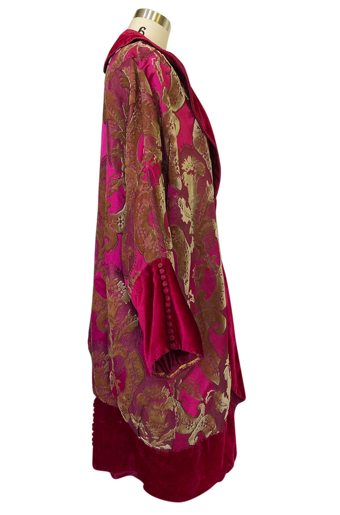 Late Teens Early 1920s Hot Pink Gold Cut Velvet Silk Brocade Flapper Coat